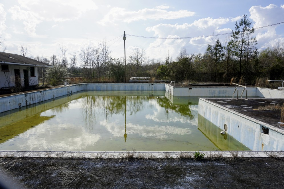 abandoned pool in tuskegee